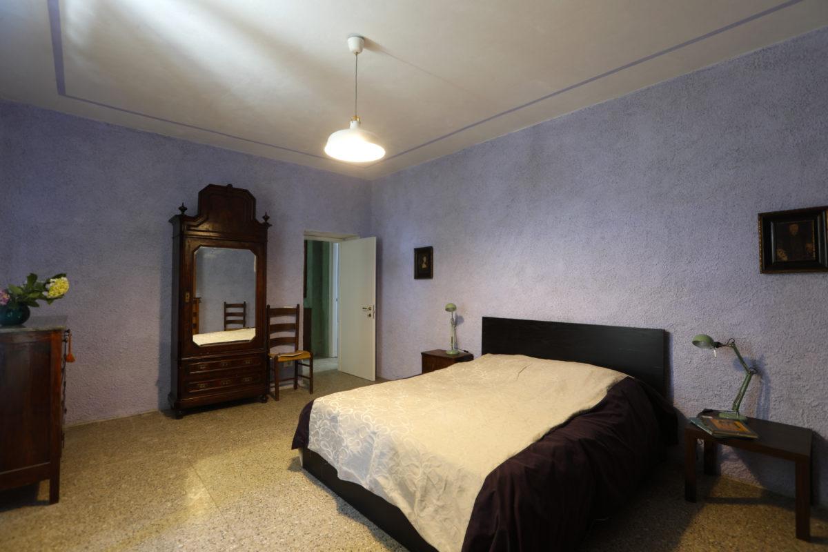 camera e colazione - Stanza Matrimoniale - Piano inferiore