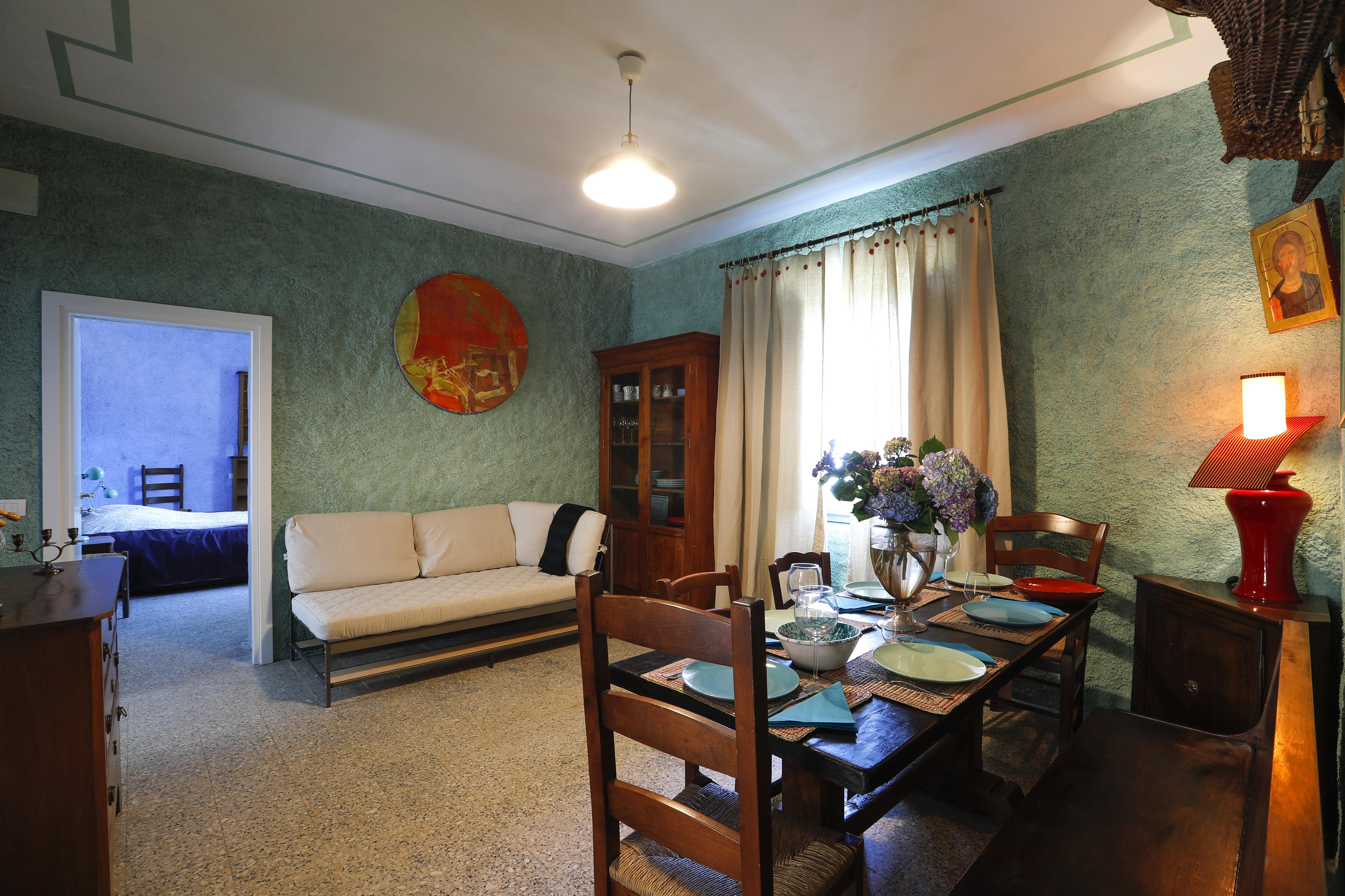 Camera e Colazione - Salotto - piano inferiore